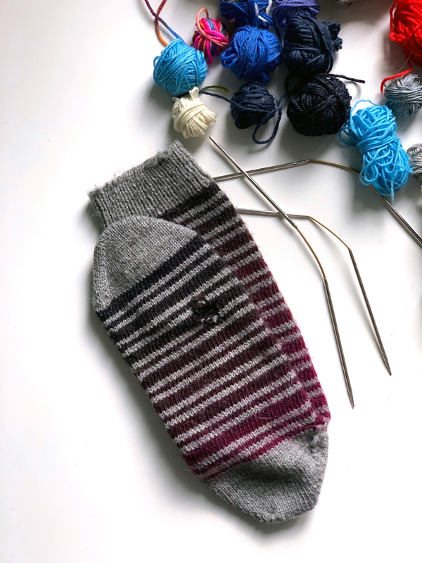 Wollsocken stricken stopfen Wolle stricken Socken Crasy Trio mending Flexi Flips Addi