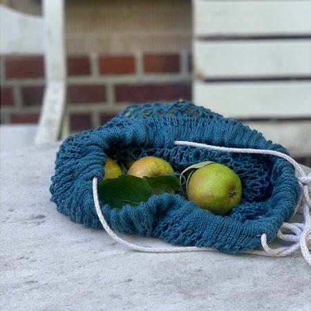 Gestrickter Beutel mit Tunnelzug und Äpfel stricken