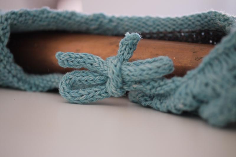 Icord Detail Rüschenkragen Babystrampler stricken
